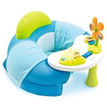 cale bébé assis